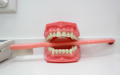 Ipersensibilità dentinale: fattori di rischio e possibili rimedi